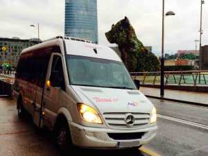 noleggio di microbus nella compagnia di trasporti madrid
