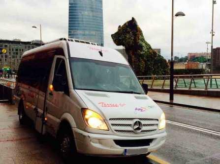închiriere de microbuze în compania de transport madrid