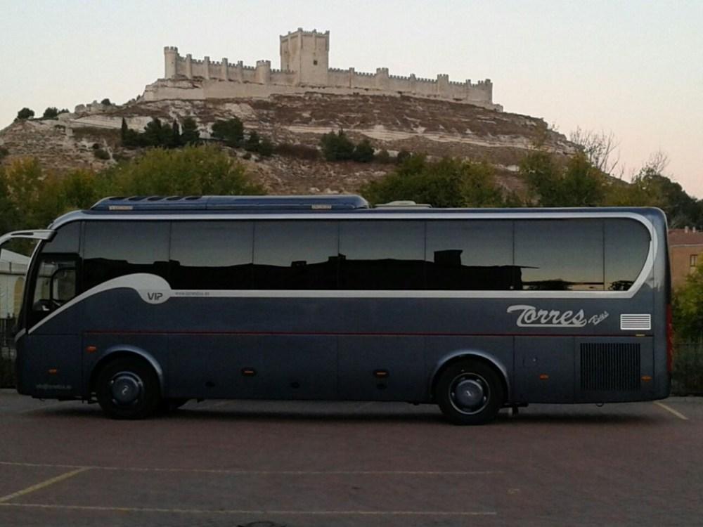 Hire VIP Minibus 30 setzt madrid an toledo