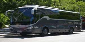 alquiler de minibus 35 plazas vip en madrid para despedida de soltero