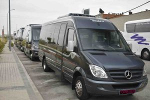 rental of minibus 16 seats in Madrid for groups