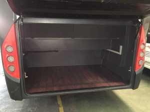 minibus com maletero amplio