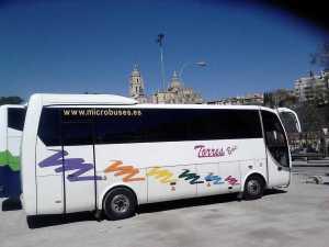 Skuża tal-minibus fil-katidral ta 'Segovia