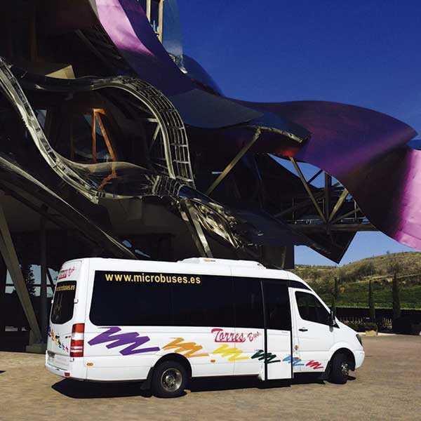 Louer minibus 16 places à madrid