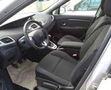Renault Scenic 2.0i 2009 7 Seats