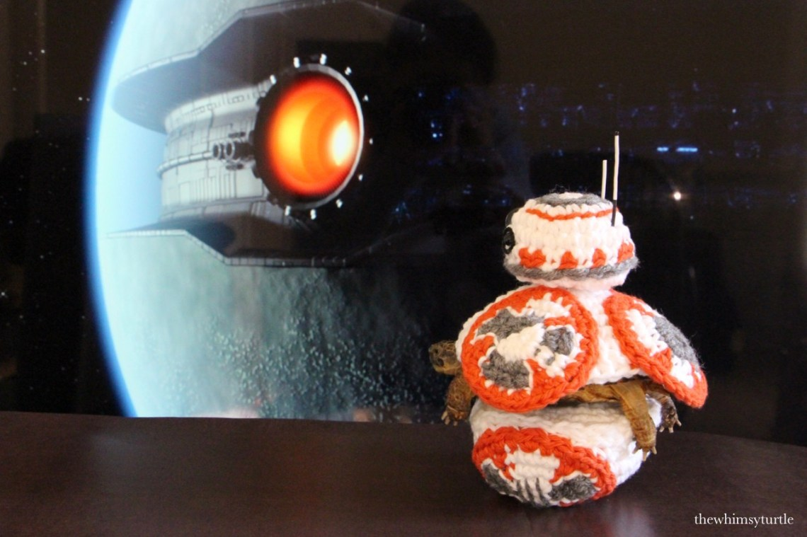 New plotline: BB-8 saves the day by nomming Starkiller Base!