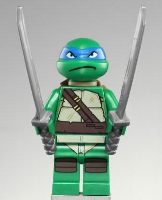 Leonardo Série 1 et 2 (Turtle Lair attack / Turtle lair)