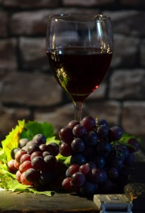 Più giovani con il vino