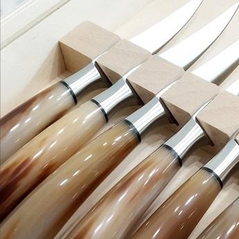 Kitchen knives & Cutlery