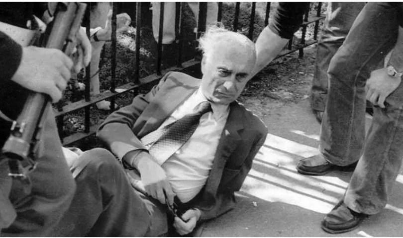 Indro Montanelli dopo l'attentato delle BR, 2 giugno 1977