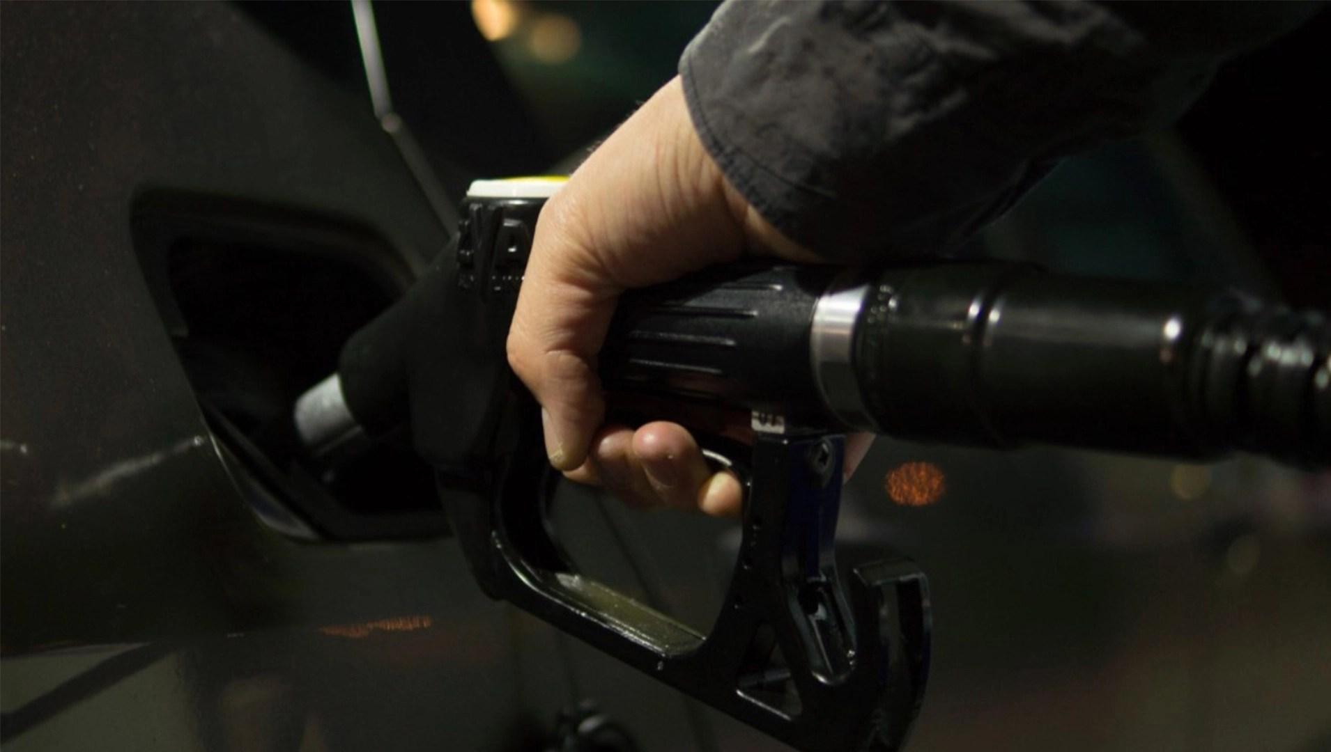 """AUTO - ExxonMobil e Porsche per studiare gli """"e-fuel"""""""