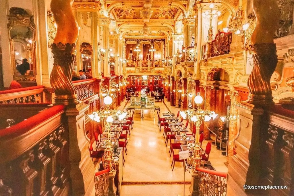 New York Cafe Explore the Hungarian Capital city of Budapest in 2 days - this is your perfect Budapest Itinerary covering historical sites, city life and a dinner cruise