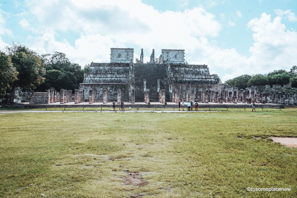Temple of the Warriors at Chichen Itza. Exploring the Mayan Ruins of Chichen Itza, Mexico. Read all about its history, travel tips and itinerary. A quick guide to Chichen Itza, one of the wonders of the modern world.