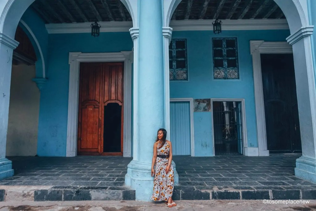 Beautiful Cuba Pictures from Havana. Havana is a photographer's dream and every street in Cuba showcases the interesting past, its beautiful people and amazing architecture #havana #cuba