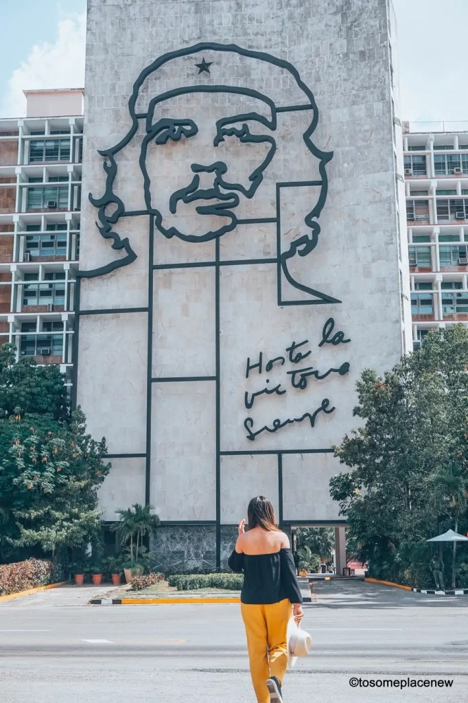 Beautiful pictures from Havana Cuba. Havana is a photographer's dream and every street in Cuba showcases the interesting past, its beautiful people and amazing architecture. Be sure to add these spots to your Cuba travel itinerary.  #havana #cuba