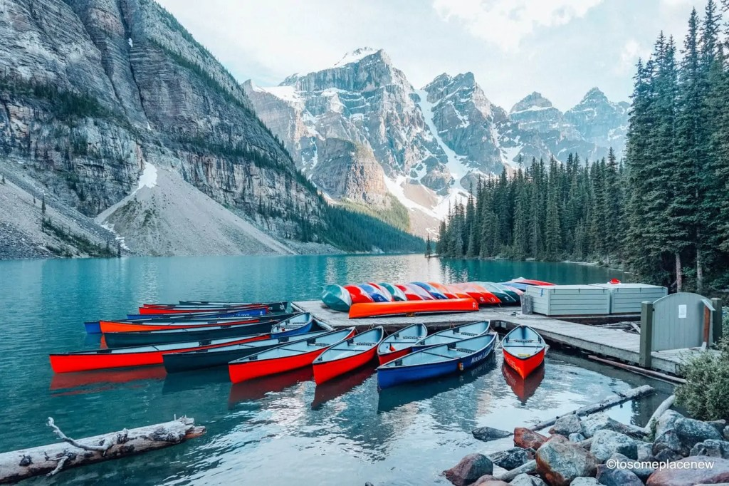 Beautiful Moraine Lake - Canada. The perfect 5 day Banff Itinerary for non-hikers. Enjoy a gondola ride, hot springs with mesmerising mountain views, relax by lakes & gardens in Banff!