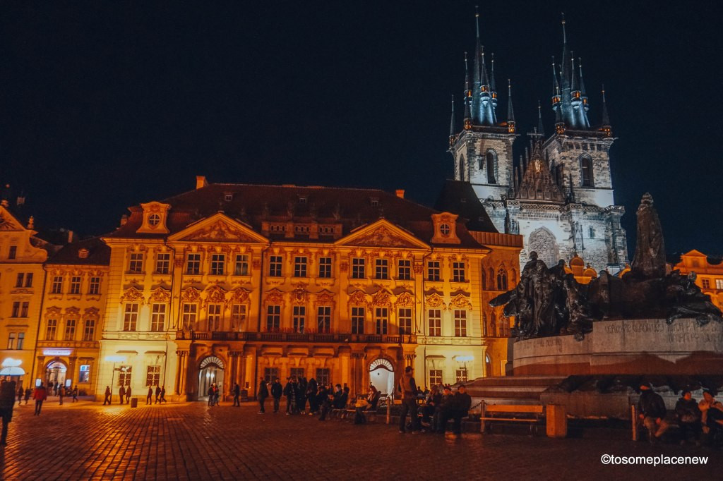 Don't leave the Old Town without experiencing the beauty of Prague's glory at night. (Prague at night)