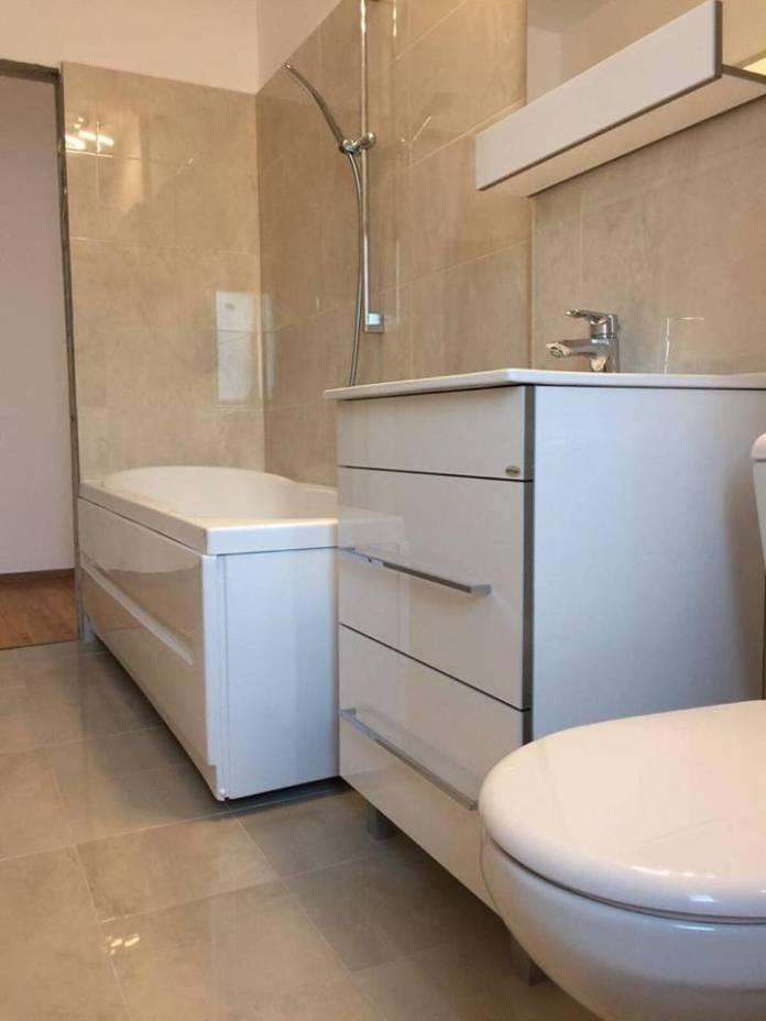 amenajare apartament mic de bloc - Cele mai frumoase bai amenajate de firma Total Design - Renovari Bucuresti