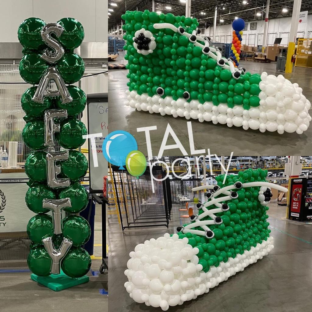 Safety is a B-I-G deal! #sneakerballoon #balloonsculpture  #amazonsafety #amazonvestlife #balloonsnj #balloonseastbrunswick #balloonsnj #corporateevents #balloonsbytotalparty