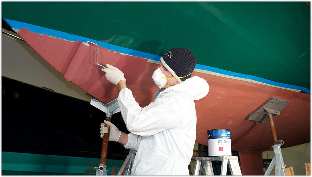 Antifouling-Results-Summary-Applying-Paint