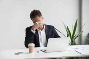 dry eye syndrome causes and risk factors