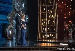 Idris Elba a Jessica Chastain