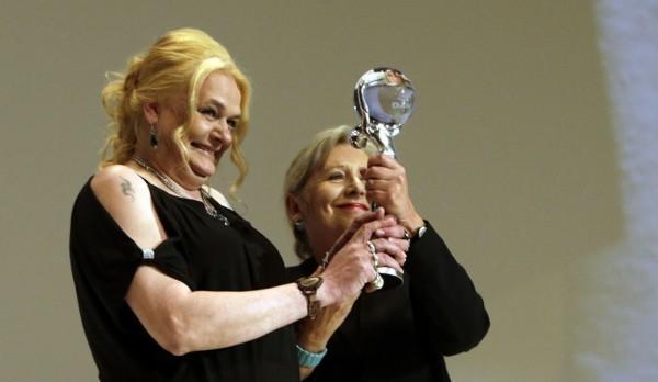 Mallory (Cena za nejlepší dokumentární film nad 60 minut): režisérka Helena Třeštíková s hlavní protagonistkou filmu