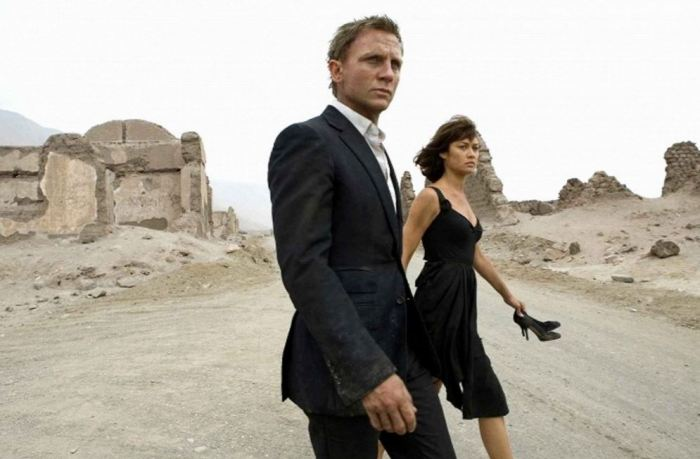 Daniel Craig a Olga Kurylenko ve filmu Quantum of Solace (2008)