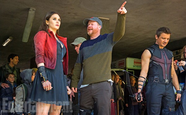 Režisér Joss Whedon s Elizabeth Olsen