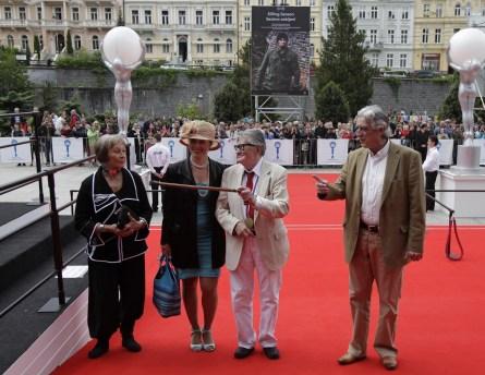 Delegace k filmu VŠICHNI DOBŘÍ RODÁCI (foto: Film servis)