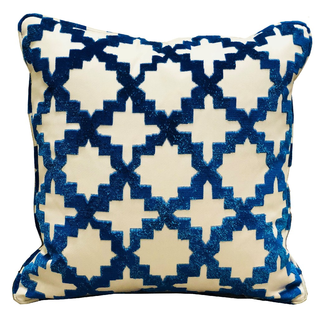 crimson cheetah black and red luxury throw pillow plutus pbra2326 1220 dp