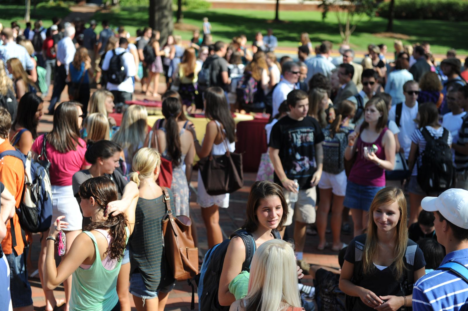 College students are back to school | Totally Tailgates