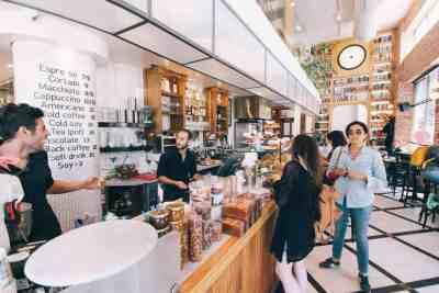 Unsplash-RobBye-Cafe