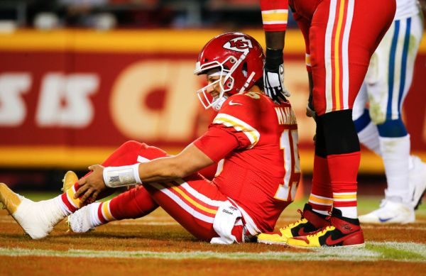 Kansas Church Holding Prayer Service To Help Heal Patrick Mahomes