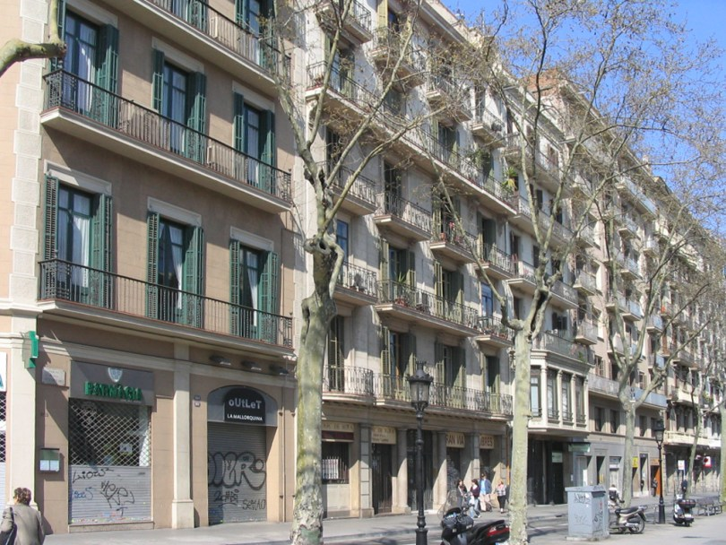 GranVia-Plaza-de-Tetuan-apartment