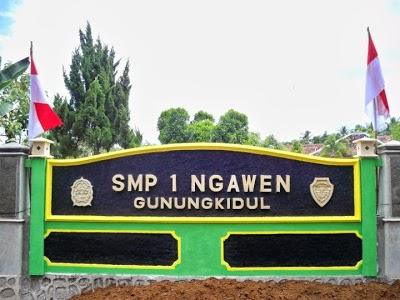 Daftar SMP MTS Negeri Swasta Terbaik Favorit Unggulan Kabupaten Gunungkidul YOGYAKARTA JOGJA.