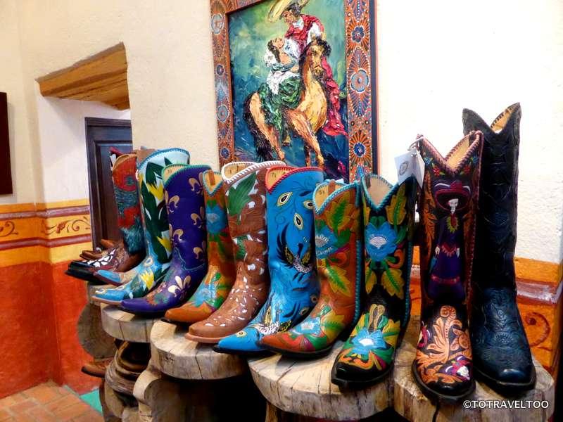 Galeria Buena Vida #42 Aldama Street in San Miguel de Allende Mexico