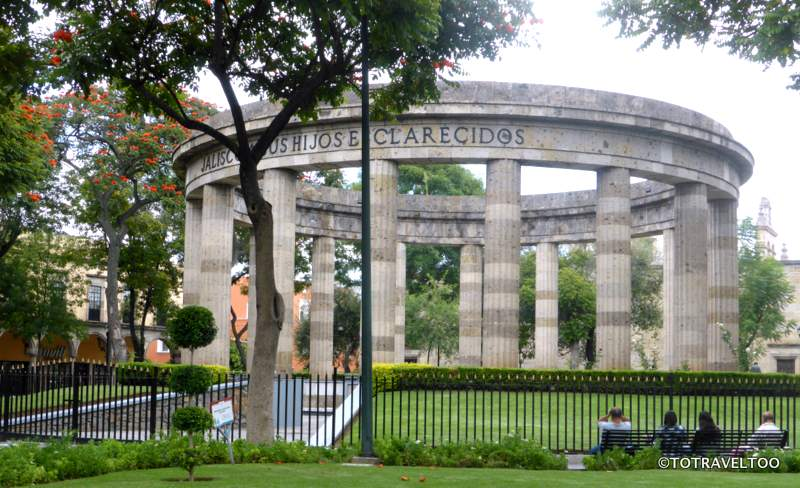 Rotonda de Los Jaliscienses Ilustres in Guadalajara