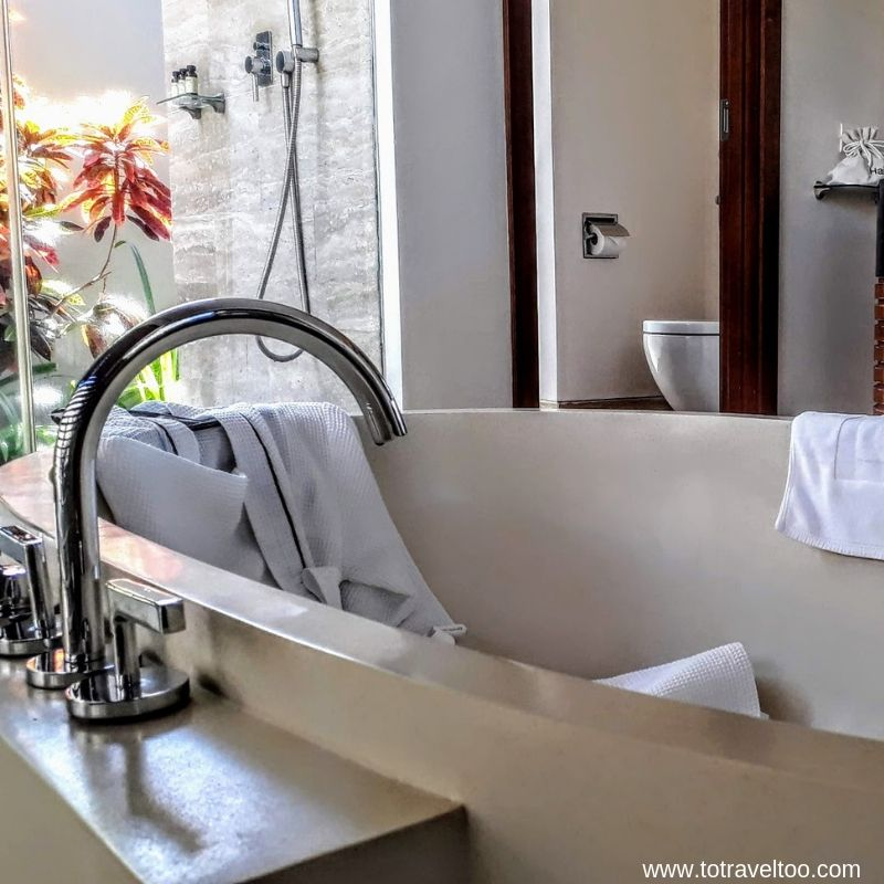 Bathroom at the One Bedroom Cottage - luxury escape in Vietnam