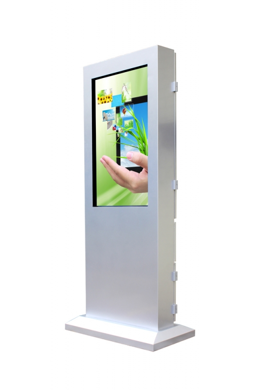 "Vertical Touchscreen outdoor 55"" (Schrägansicht)"