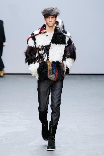 Xander-Zhou-London-Fashion-Week-Fall-Winter-2015-20