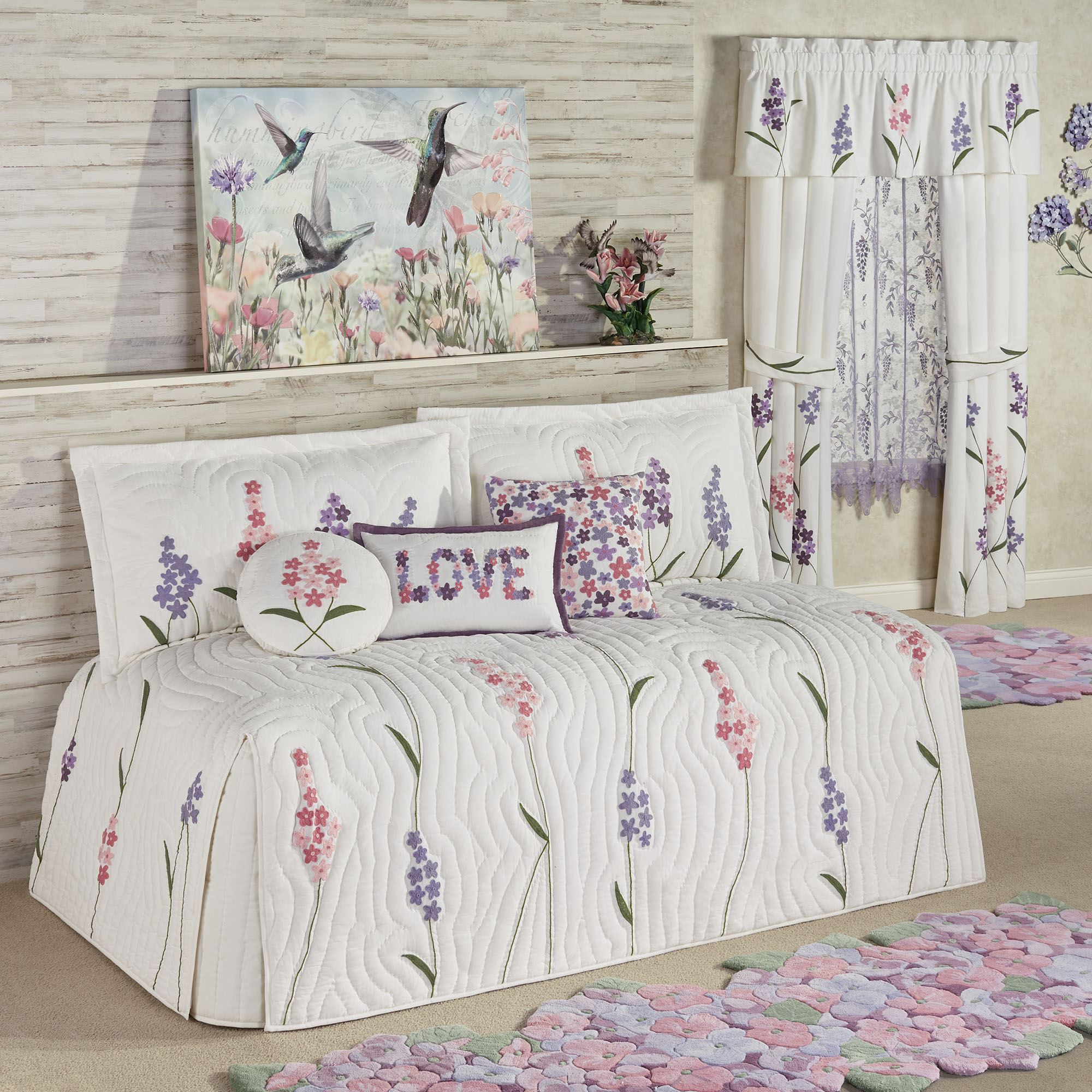 wildflowers floral quilted daybed bedding set