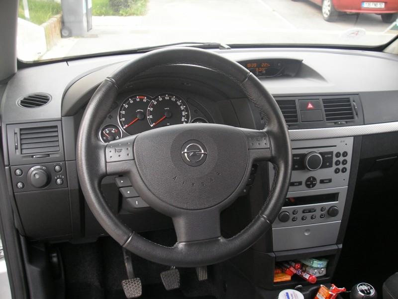 Vendu Opel Meriva 17 CDTI COSMO TouranPassion