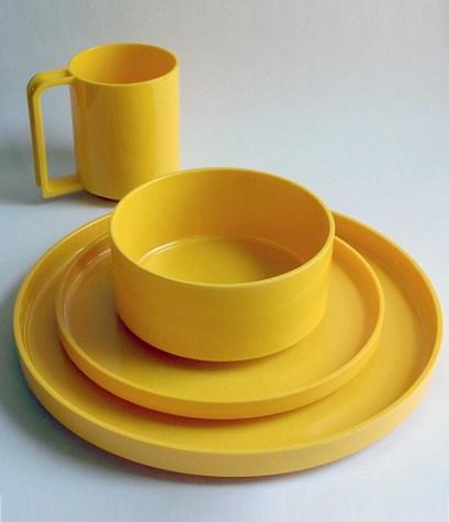 Hellerware dinner set by Massimo Vignelli