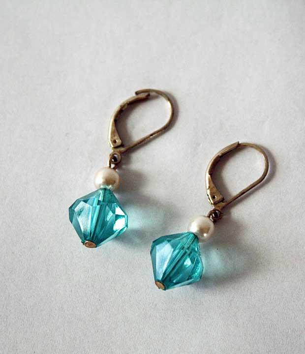vintage blue crystal and pearl earrings