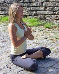 Schwimmendes Yoga