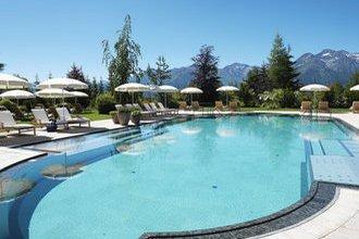 Außenpool im Interalpen-Hotel Tyrol