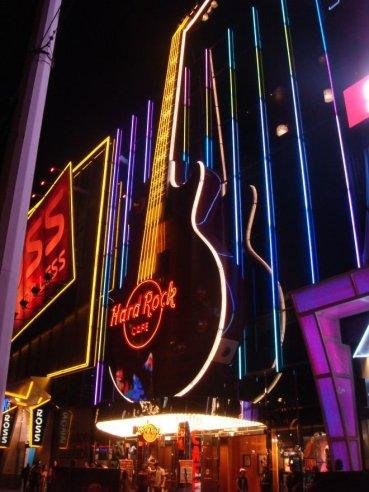 Hard Rock Café bei Nacht