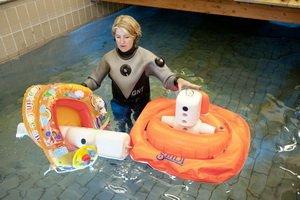 Aufblasbares Wasserspielzeug im Test Foto: TÜV Rheinland