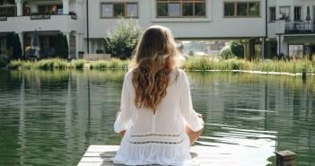 yogaZEIT – Sonnengruß mit Bergblick im Naturhotel Forsthofgut